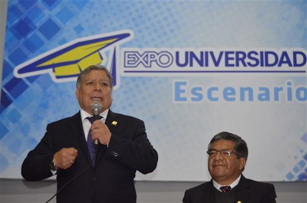 - Entrevista a Orestes Cachay Rector de UNMSM, en ExpoUniversidad